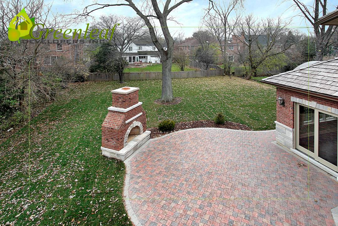 Back patio / additions and new homes in Glenview by Greenleaf Developers